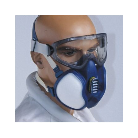Mask-breathing apparatus for beekeeping treatments, KIT with goggles