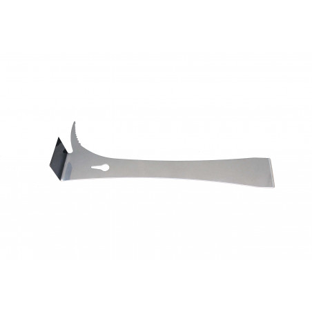 Tool with stainless steel spur