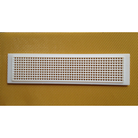 Round-hole plastic grille for pollen, with board