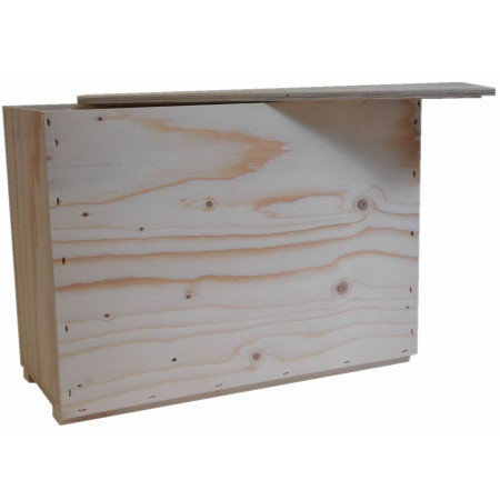 Wooden 6-comb swarm-holding box