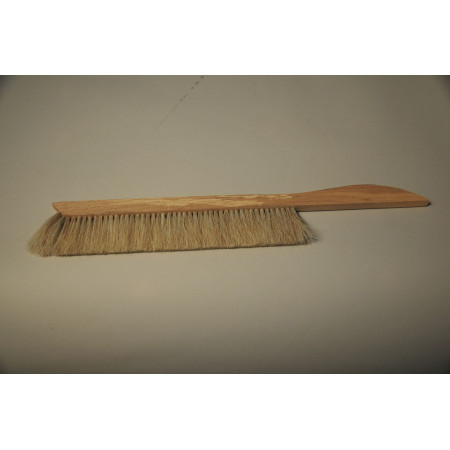 Large light hair brush