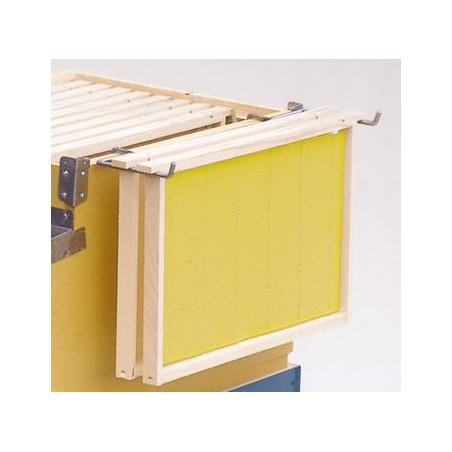 Frame-holding shelf